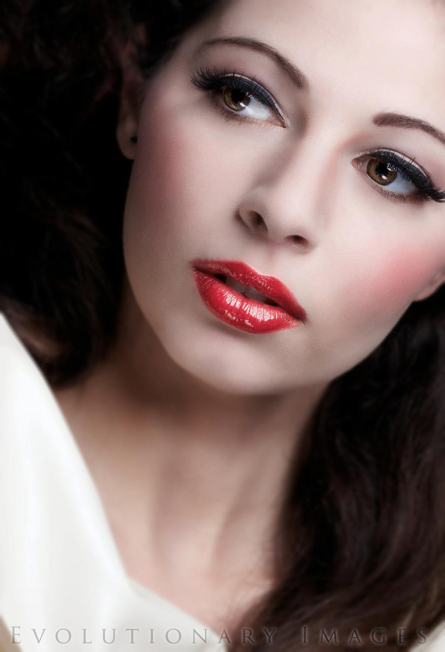 Professional Makeup Artist 11 01 11: Professional Makeup @Salon-M, Wallasey