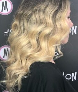 siper-blonde-hair-colour-Best-Wirral-Hair-Colour-Salon